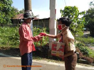 Kwarran Pramuka Sukamakmur dan PGRI Sukamakmur Peduli Covid19 5
